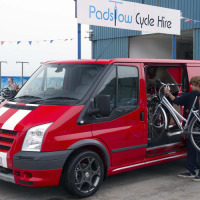 21_Trades_Like_Smart_Vans_Such_as_this_Transit_Sportvan