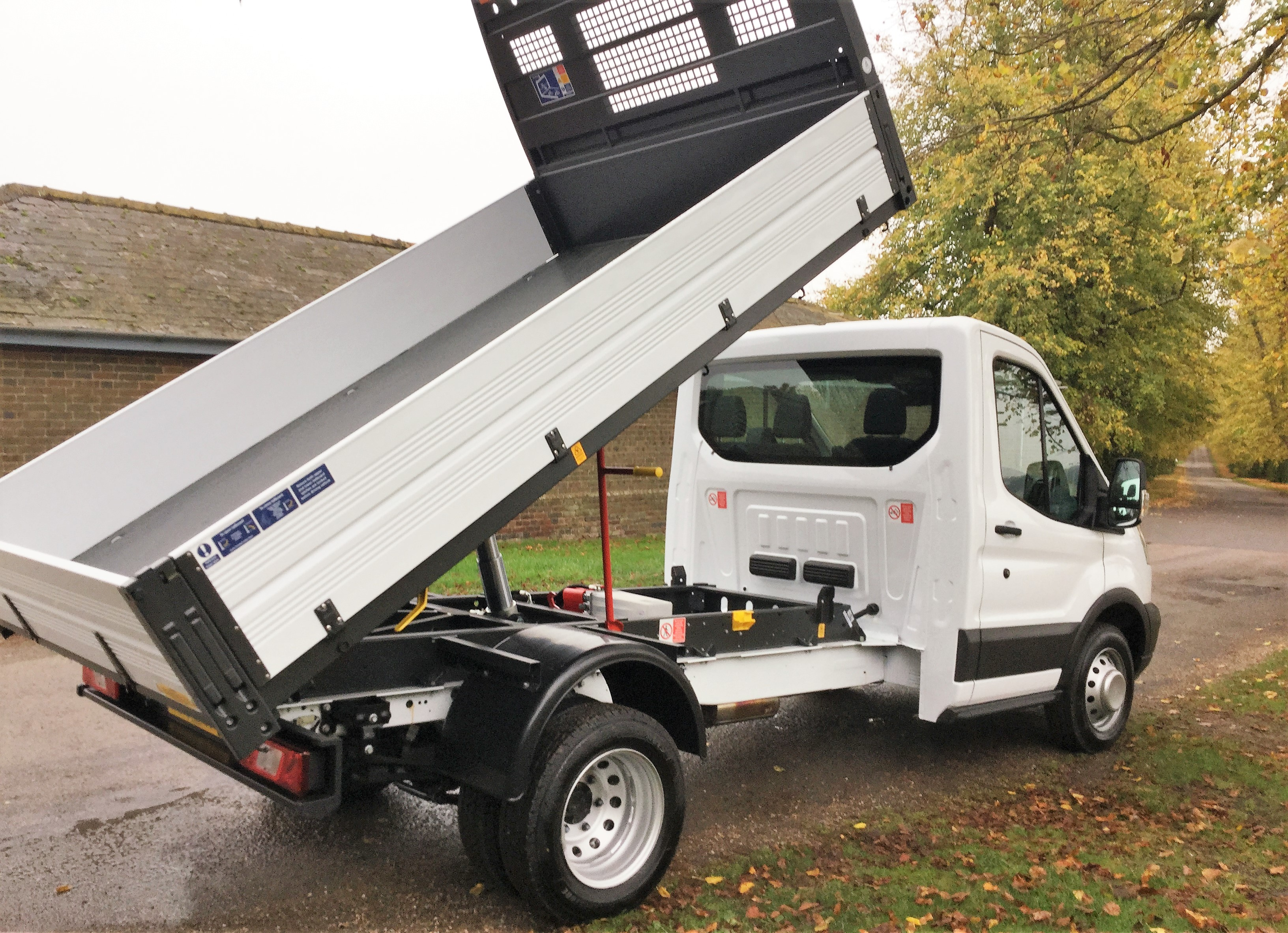 Ford Transit 350 1 Way Tipper L2h1 Rwd 2 2 Tdci 125ps