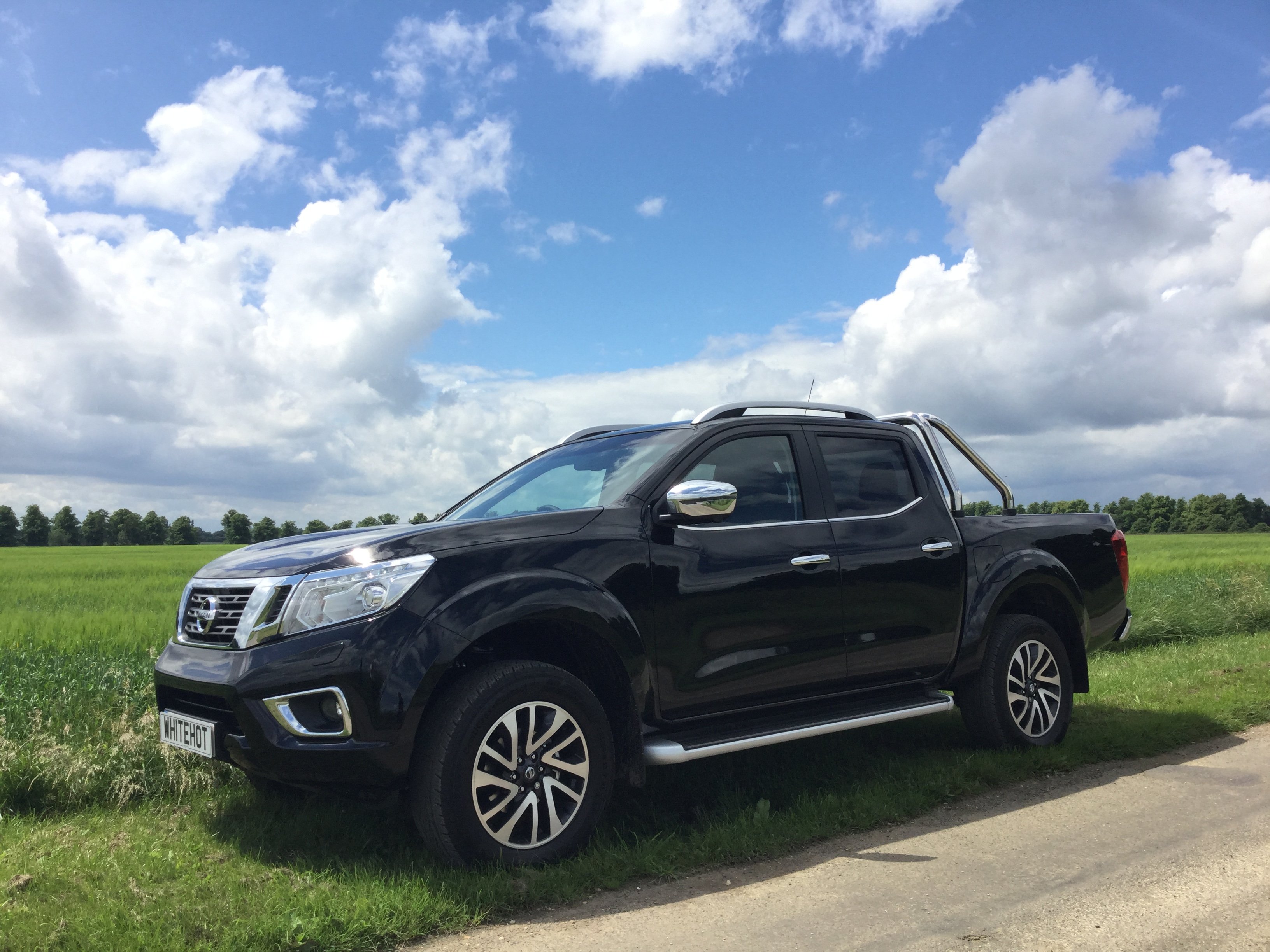 new nissan navara for sale get vans finance lease uk. Black Bedroom Furniture Sets. Home Design Ideas