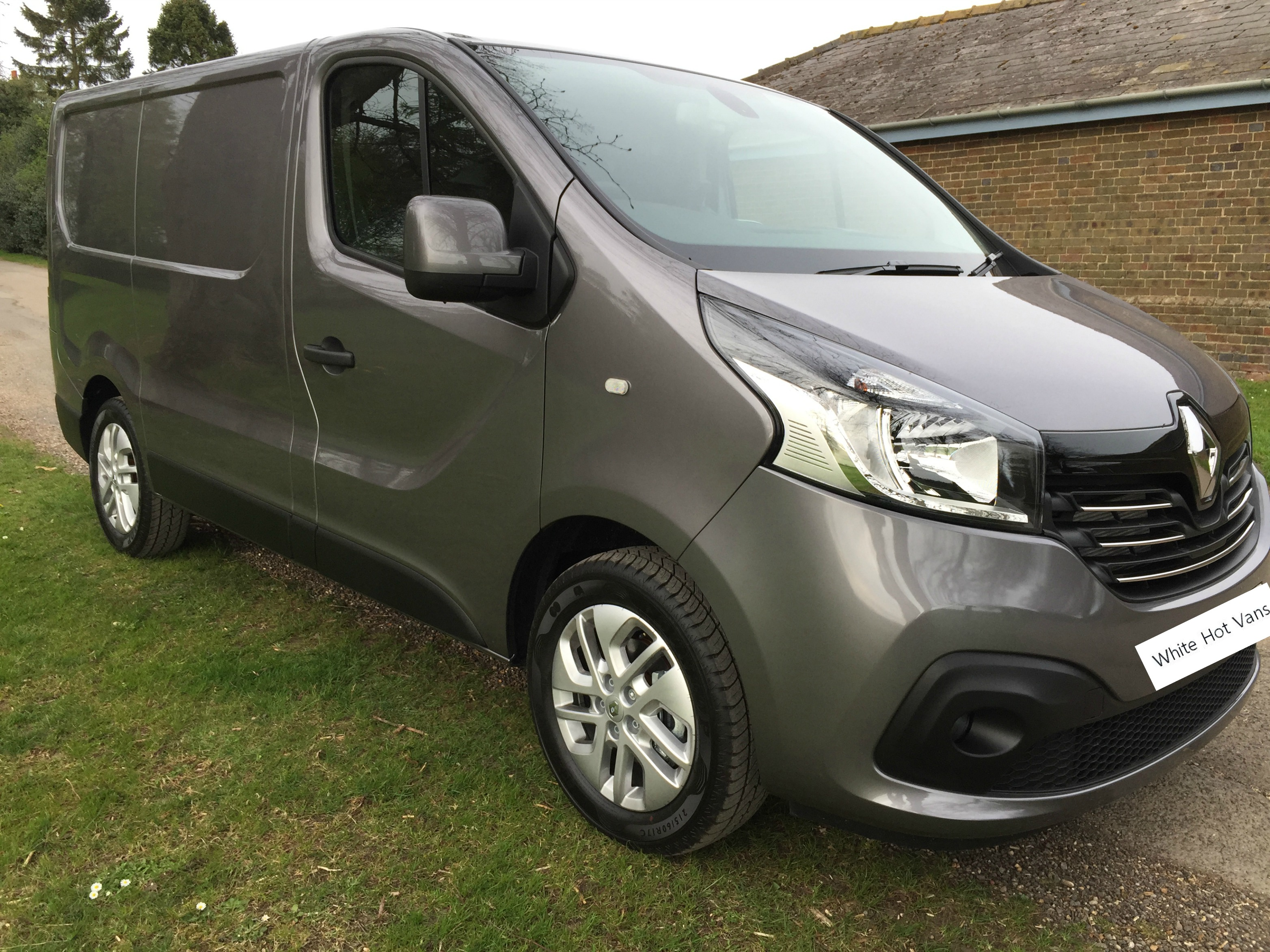 Populaire Renault Trafic Sport SL27 Energy 1.6 dCi 120ps - RE07